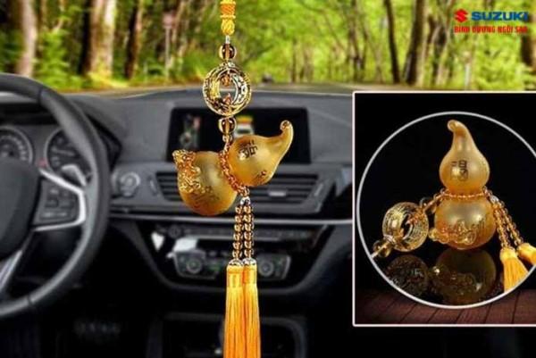 Top 6 món đồ trang trí phong thuỷ mang tài lộc trên xe hơi