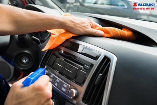 Mẹo khử mùi ô tô cực kỳ hiệu quả và đơn giản nhất