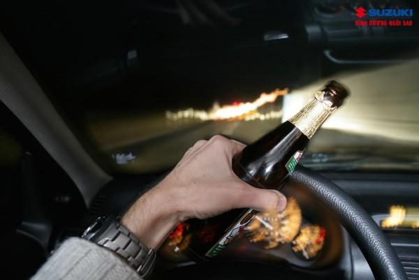 Những kinh nghiệm lái xe an toàn dành cho các bác tài